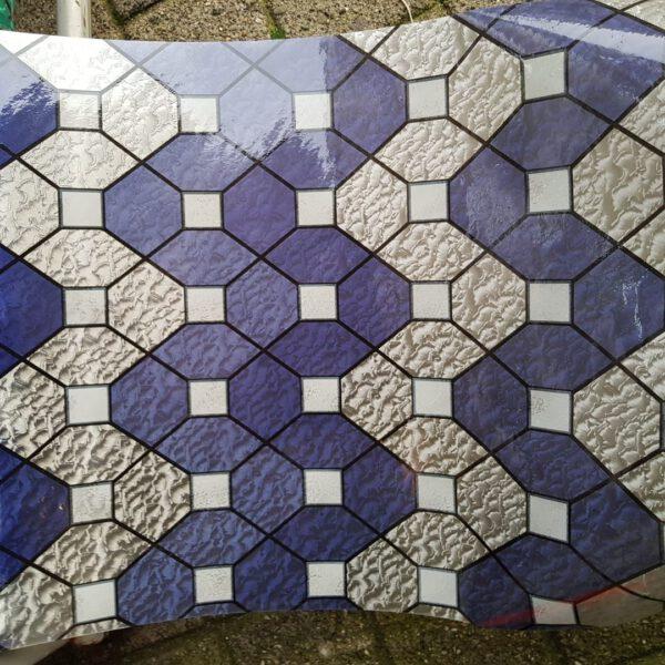 blauw-raamfolie-statisch-tegel-mozaik