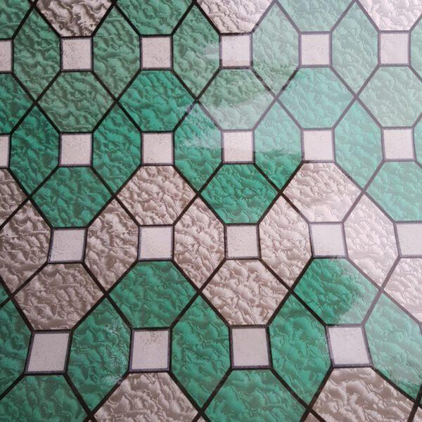 groen-raamfolie-statisch-tegel-mozaik